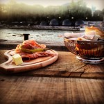 Abendessen an der Seine