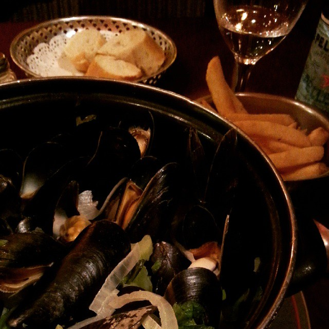 Moules + Frites